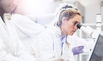 stem cell teeth implants
