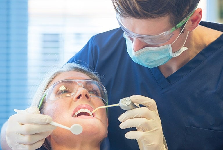 Tooth Extraction Emergency Dentist